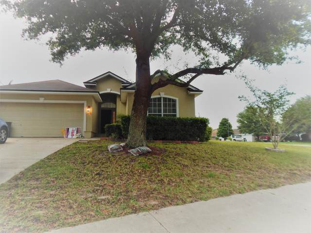 2520 Creekfront Dr, GREEN COVE SPRINGS, FL 32043 (MLS #1054682) :: Berkshire Hathaway HomeServices Chaplin Williams Realty
