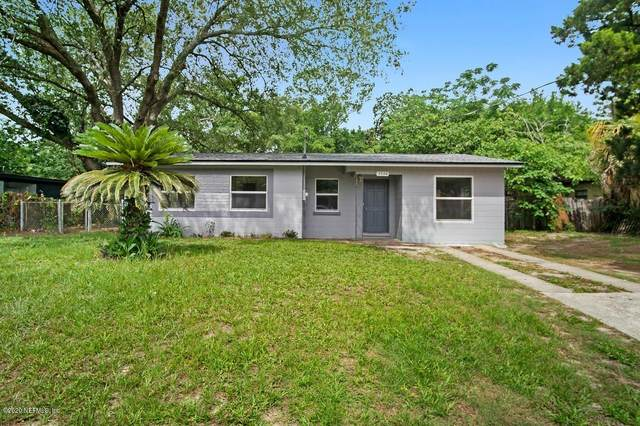 5726 Knollwood Dr, Jacksonville, FL 32244 (MLS #1055532) :: Berkshire Hathaway HomeServices Chaplin Williams Realty