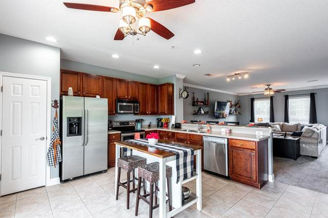 4510 Capital Dome Dr, Jacksonville, FL 32246 (MLS #1056461) :: EXIT Real Estate Gallery