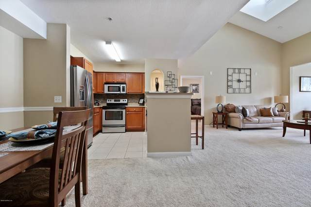 8550 Touchton Rd #2233, Jacksonville, FL 32216 (MLS #1058604) :: Homes By Sam & Tanya