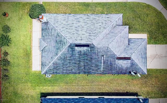 2739 Lantana Lakes Dr W, Jacksonville, FL 32246 (MLS #1060693) :: Memory Hopkins Real Estate