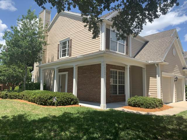 11001 Castlemain Cir E, Jacksonville, FL 32256 (MLS #1060854) :: The Perfect Place Team