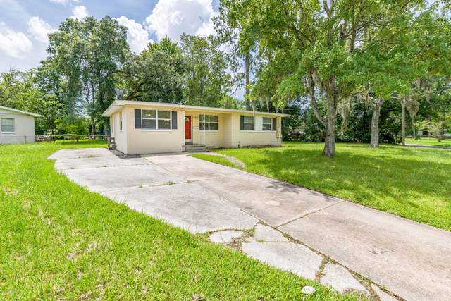 6334 Claret Dr, Jacksonville, FL 32210 (MLS #1061153) :: The DJ & Lindsey Team