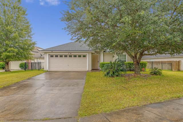 9472 Prosperity Lake Dr, Jacksonville, FL 32244 (MLS #1063834) :: Menton & Ballou Group Engel & Völkers
