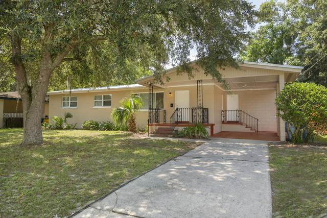 5560 Paul Bett Dr, Jacksonville, FL 32277 (MLS #1066804) :: The Hanley Home Team