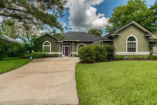 332 Maplewood Dr, St Johns, FL 32259 (MLS #1067500) :: The Hanley Home Team
