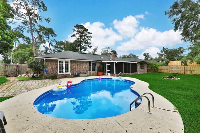 2800 Forest Oaks Dr, Orange Park, FL 32073 (MLS #1070495) :: Menton & Ballou Group Engel & Völkers