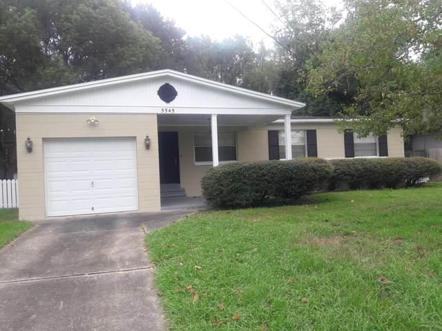 5545 Moret Dr E, Jacksonville, FL 32244 (MLS #1070884) :: Momentum Realty