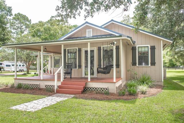 7649 Motes Rd, Bryceville, FL 32009 (MLS #1071660) :: The Every Corner Team