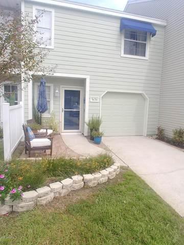 1434 Spindrift Cir E, Neptune Beach, FL 32266 (MLS #1076247) :: Homes By Sam & Tanya