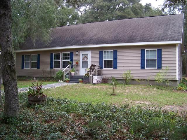 114 Pine St, Interlachen, FL 32148 (MLS #1078654) :: Ponte Vedra Club Realty