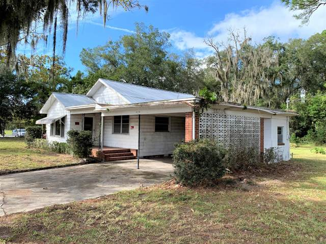 4110 Crill Ave, Palatka, FL 32177 (MLS #1079099) :: The Every Corner Team