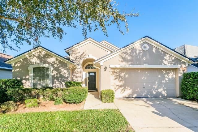 574 Longmill Ln, Orange Park, FL 32065 (MLS #1080856) :: The Volen Group, Keller Williams Luxury International