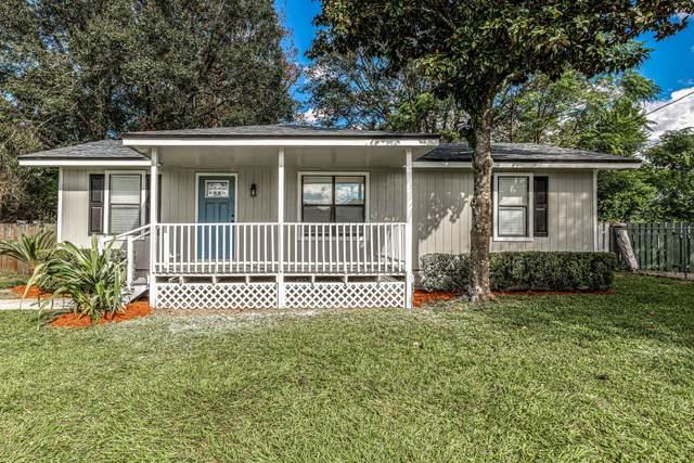 12273 Versailles St, Jacksonville, FL 32224 (MLS #1081172) :: The Volen Group, Keller Williams Luxury International