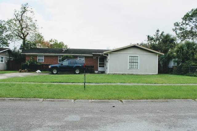 10928 Luana Dr N, Jacksonville, FL 32246 (MLS #1082640) :: MavRealty