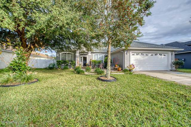 2207 Gardenmoss Dr, GREEN COVE SPRINGS, FL 32043 (MLS #1084533) :: The DJ & Lindsey Team