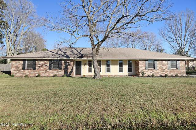 7553 Duclay Forest Dr W, Jacksonville, FL 32244 (MLS #1090177) :: The Newcomer Group
