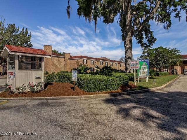 5201 Atlantic Blvd #15, Jacksonville, FL 32207 (MLS #1093017) :: Olde Florida Realty Group
