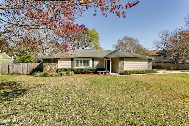11247 Stoney Point Ln W, Jacksonville, FL 32257 (MLS #1094681) :: The Hanley Home Team