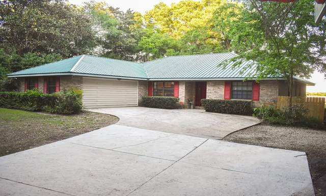 1135 SE Lake Ln, Keystone Heights, FL 32656 (MLS #1097921) :: The Coastal Home Group