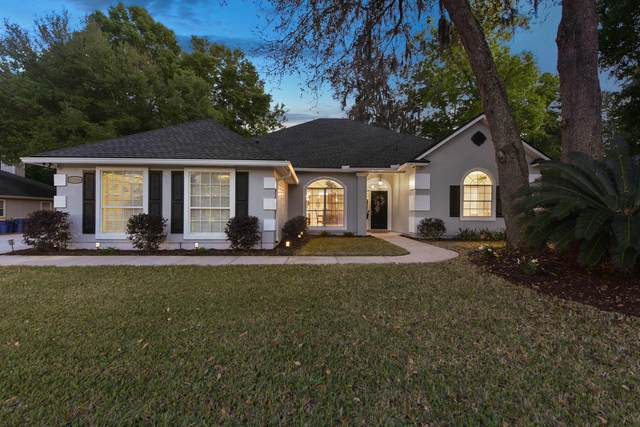 12456 Mariah Ann Ct S, Jacksonville, FL 32225 (MLS #1102639) :: The Newcomer Group