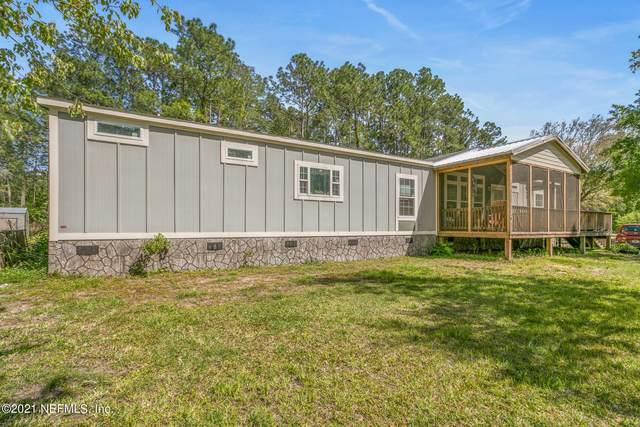 16425 Village Green Dr N, Jacksonville, FL 32234 (MLS #1103147) :: The Hanley Home Team