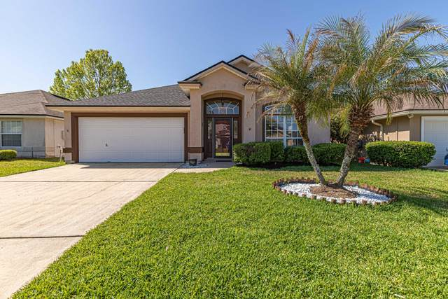 1379 Brookgreen Way, Fleming Island, FL 32003 (MLS #1103258) :: The Newcomer Group