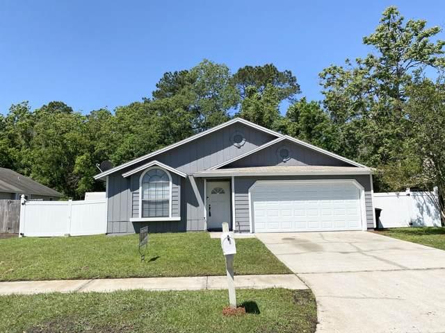 8018 Swamp Flower Dr, Jacksonville, FL 32244 (MLS #1104217) :: The Hanley Home Team