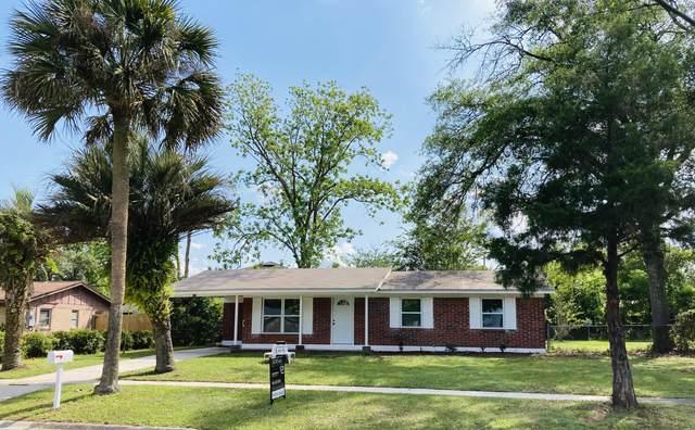 720 Hickory Hill Dr, Jacksonville, FL 32221 (MLS #1107652) :: Olde Florida Realty Group