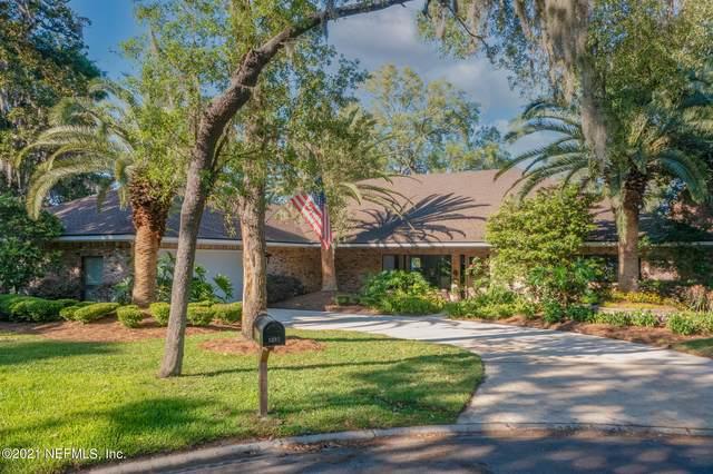 5207 Magnolia Oaks Ln, Jacksonville, FL 32210 (MLS #1108801) :: MavRealty