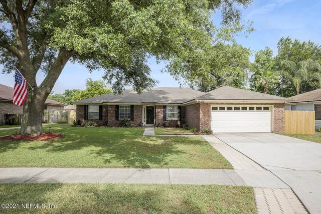 309 Lazy Meadow Dr E, Jacksonville, FL 32225 (MLS #1109314) :: EXIT Real Estate Gallery