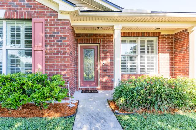 4039 Sandhill Crane Ter, Middleburg, FL 32068 (MLS #1109597) :: The Impact Group with Momentum Realty
