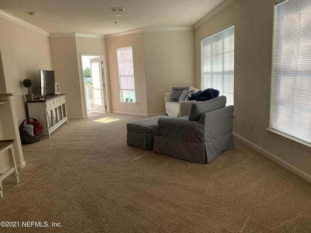 8290 Gate Pkwy W #172, Jacksonville, FL 32216 (MLS #1115230) :: The Newcomer Group