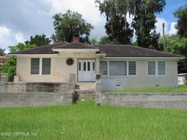 1709 Carr St, Palatka, FL 32177 (MLS #1117672) :: EXIT 1 Stop Realty