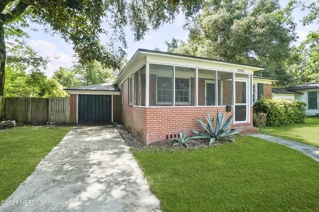 5535 Lakewood Cir E, Jacksonville, FL 32207 (MLS #1118891) :: The Volen Group, Keller Williams Luxury International