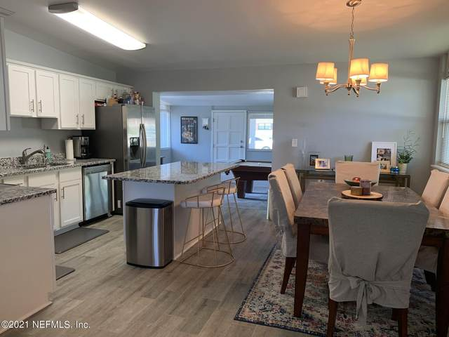 6703 Laurina Pl, Jacksonville, FL 32216 (MLS #1119221) :: The Impact Group with Momentum Realty