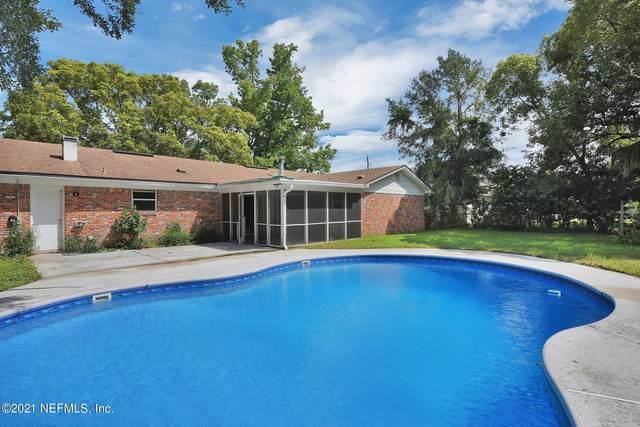 8951 Yarmouth Rd, Jacksonville, FL 32257 (MLS #1120648) :: The Volen Group, Keller Williams Luxury International