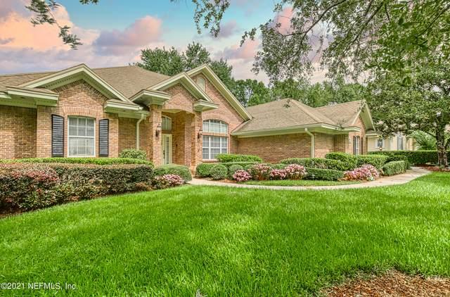 586 Thornwood Ln, Orange Park, FL 32073 (MLS #1121012) :: The Huffaker Group