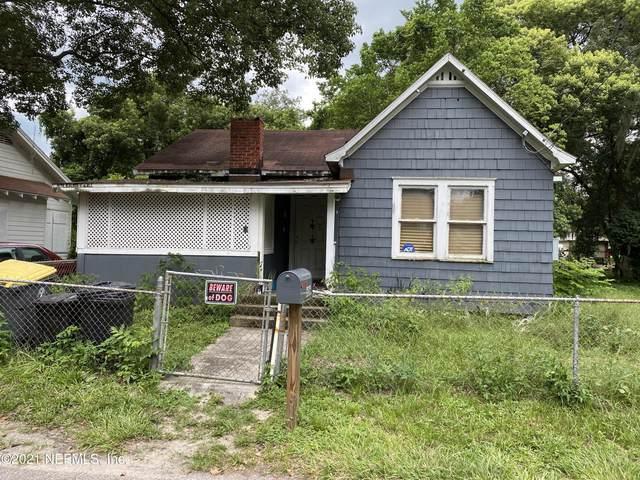 606 E 60TH St, Jacksonville, FL 32208 (MLS #1121370) :: The Huffaker Group