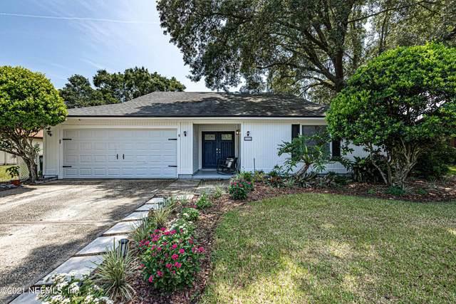 10955 Mandarin Station Dr E, Jacksonville, FL 32257 (MLS #1122461) :: EXIT Real Estate Gallery