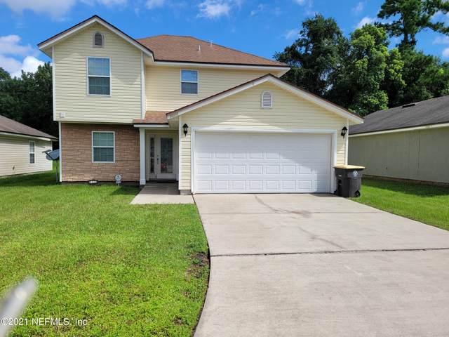 8223 Maple St, Jacksonville, FL 32244 (MLS #1127810) :: Olde Florida Realty Group