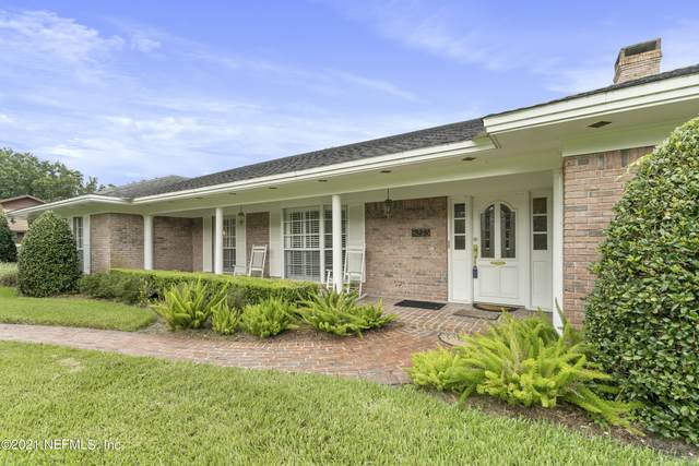 8235 Woodgrove Rd, Jacksonville, FL 32256 (MLS #1130787) :: Endless Summer Realty