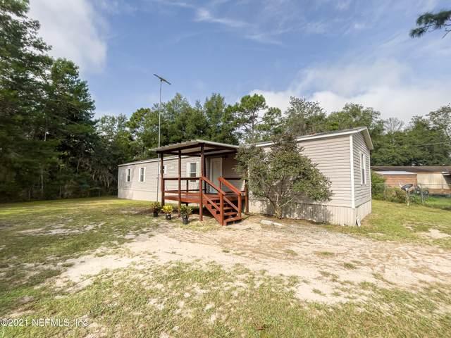 7160 Dove St, Florahome, FL 32140 (MLS #1132117) :: The Huffaker Group