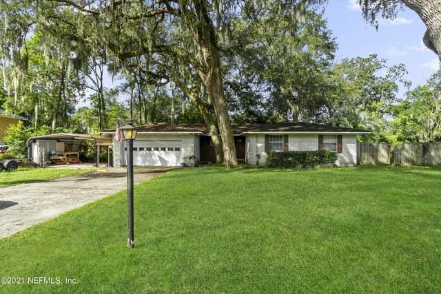 2760 Cedarcrest Dr, Orange Park, FL 32073 (MLS #1132539) :: The Randy Martin Team | Compass Florida LLC