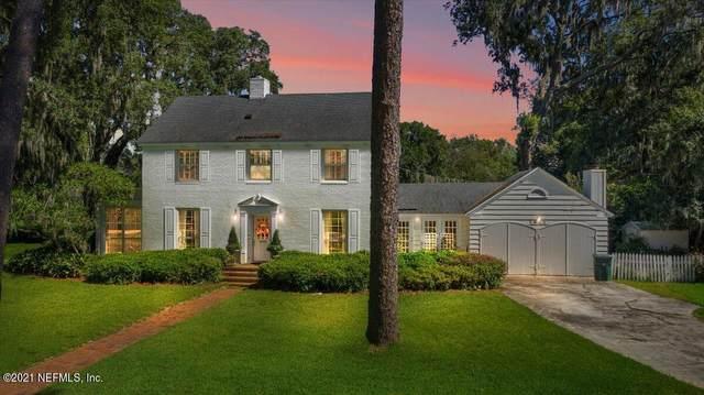 1011 Alhambra Dr S, Jacksonville, FL 32207 (MLS #1132801) :: The Hanley Home Team