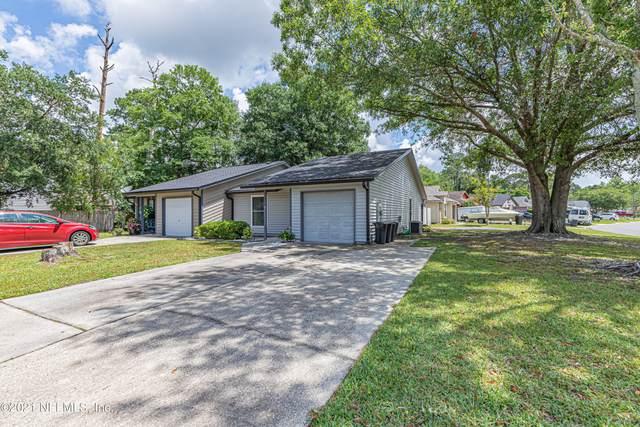 1319 Bay Hill Blvd B, Orange Park, FL 32065 (MLS #1137290) :: The Huffaker Group