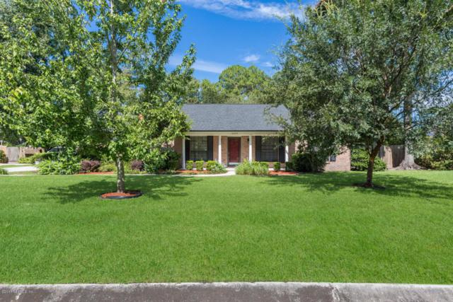 6044 W Shores Rd, Fleming Island, FL 32003 (MLS #892782) :: EXIT Real Estate Gallery