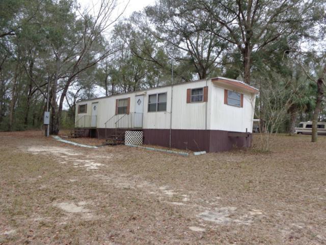 214 Richmond St, Satsuma, FL 32189 (MLS #911070) :: EXIT Real Estate Gallery
