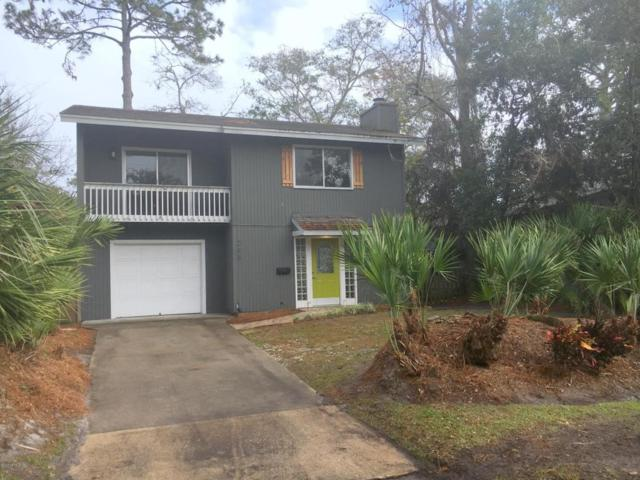 285 Seminole Rd, Atlantic Beach, FL 32233 (MLS #913379) :: EXIT Real Estate Gallery