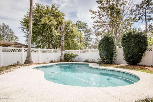 2484 Ridgecrest Ave, Orange Park, FL 32065 (MLS #924659) :: The Hanley Home Team